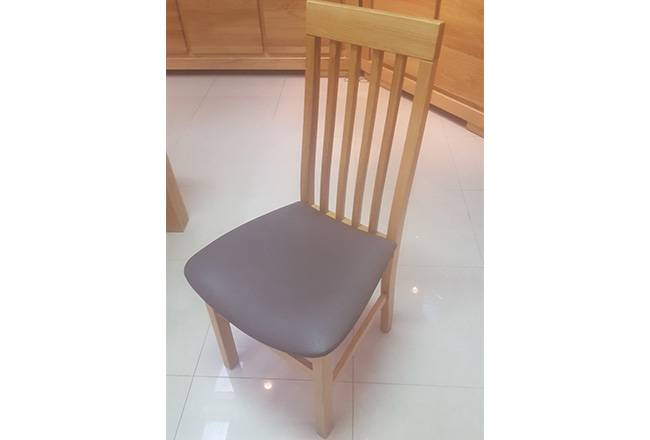 krzeslo dębowe szczebelek