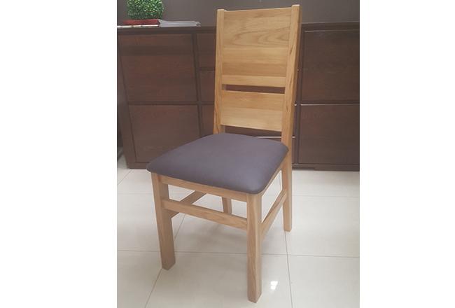 krzesło dębowe nowoczesne z tapicerką